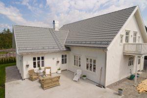 Som eneste helnorske leverandør av alt du trenger til taket, er Skarpnes produkter særlig godt tilpasset norske forhold og byggtekniske krav 8