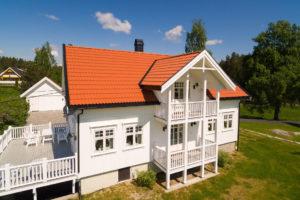 Som eneste helnorske leverandør av alt du trenger til taket, er Skarpnes produkter særlig godt tilpasset norske forhold og byggtekniske krav 18