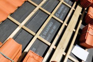 Som eneste helnorske leverandør av alt du trenger til taket, er Skarpnes produkter særlig godt tilpasset norske forhold og byggtekniske krav 19